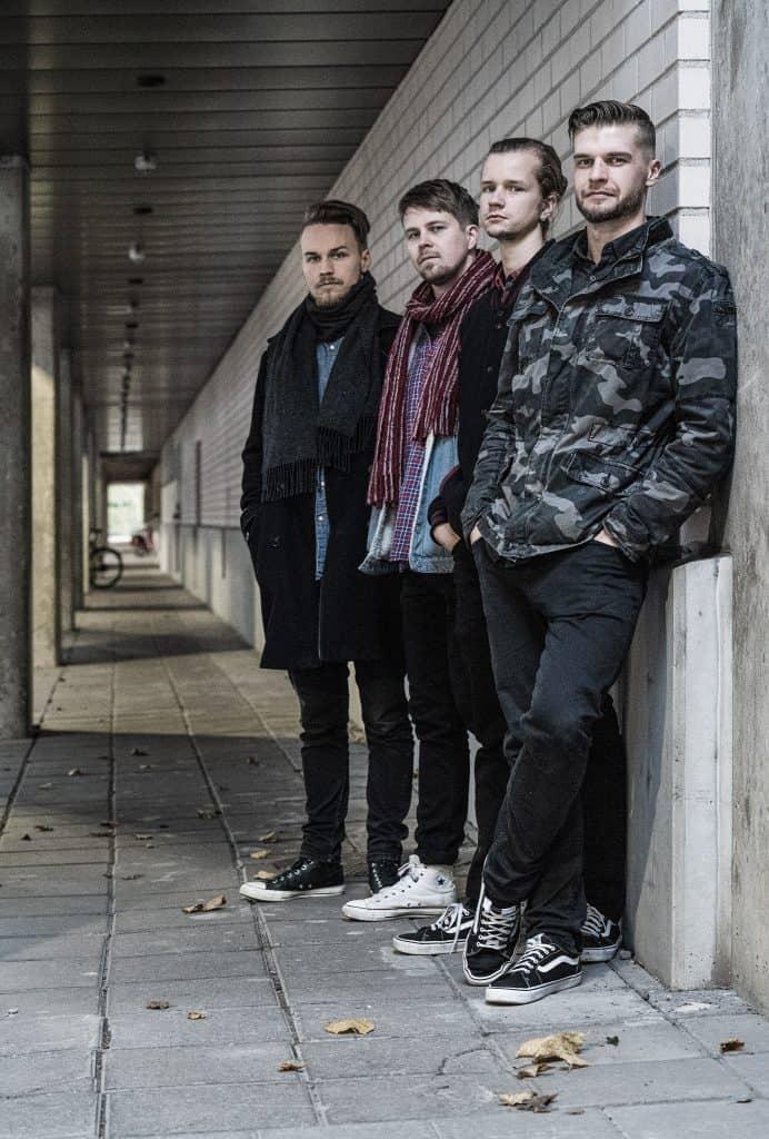 Kuvassa on bändin Astor Kalmari jäsenet, Allu, Markus, Samu ja Ville.